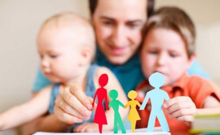 Усыновление ребенка биологическим родителем